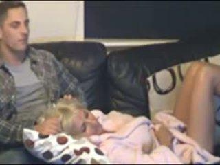 Mutter und sohn erwischt von versteckt cammera