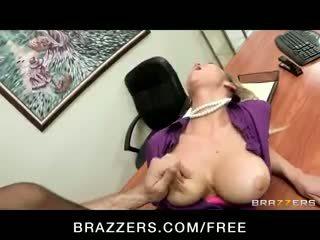 Napalone big-tit blondynka office-slut gwiazda porno abbey brooks fucks chuj