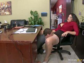 Brazzers - alison tyler has a maz birojs jautrība
