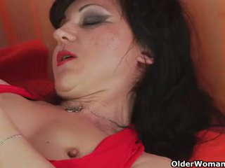 Blow your load in mom's mouth
