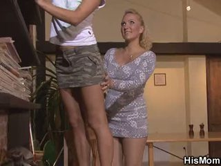 He finds lesbian mom girl toying