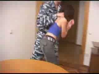 सेना boys ब्रूटल रफ बकवास एक female prisoner वीडियो