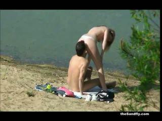 Thesandfly сперма lovin пляж дівчинки!