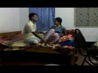 Intialainen gitam bhu tyttö cheated mukaan faculty part2