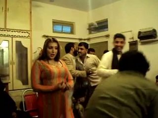 Busty Pakistani Girl Dancing In Private Show