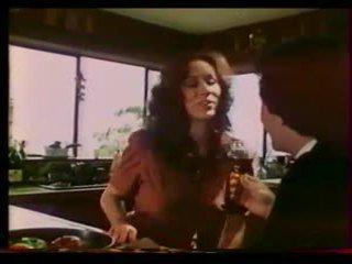 Tình yêu máy - không minh bạch regan, mai lin (1983)