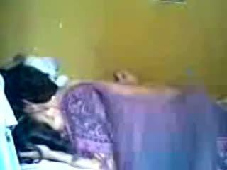 אינדונאזי romantic נוער זוג לעשות אהבה ב חדר שינה