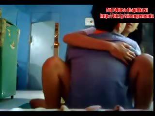 Video Bokep Cwe Ngocok Porno Klip Dan Video Untuk Gratis