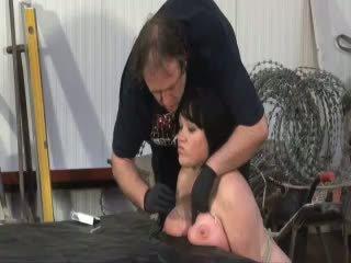 Chinas güçlü kadın stapling ve oral seks üstsüz