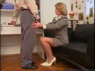 Mom Wants To Watch Her Son Masterbate german ggg spritzen goo girls