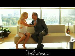 Pure แก่แล้ว: aaliyah ความรัก seduces เธอ คน ด้วย เพศ ไปยัง พักอยู่ บ้าน