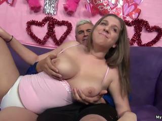 Seksi si rambut coklat alex peluang gets beliau faraj fingered