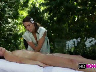 Malena morgan and lily love lezbiýanka massaž