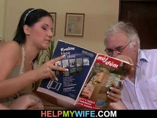 Hubby calls một guy đến quái của anh ấy vợ