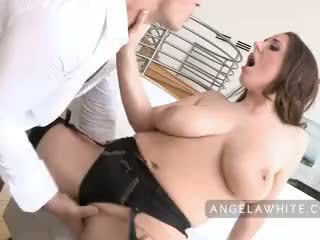 Krūtainas angela baltie fucks manuel ferrara