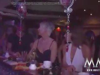 Pieauguša swingers jautrība: pieauguša jautrība porno video c4