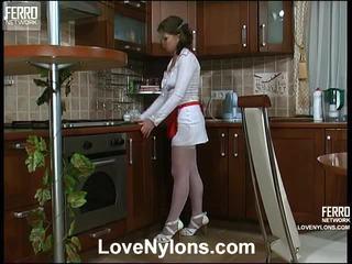 Alana en paul vivid kniekousen actie