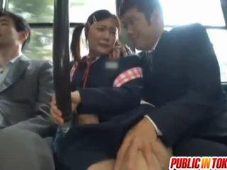 Tsensuuritud jaapani buss trio