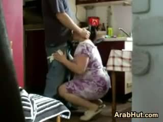 Thick الهاوي arab كتكوت gets مارس الجنس