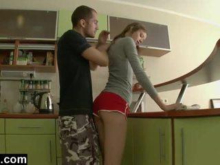 الأول وقت الشرجي في ال مطبخ