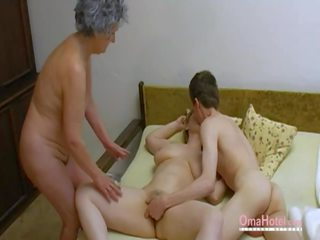 Omahotel стар тройка космати възрастни masturbation: порно 0d