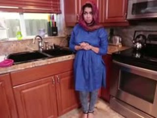 Ada gets ju arab pička filled s semeno