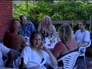 Party zeit (danish)