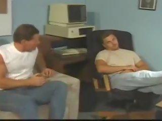 Vurmak ve koşmak 1996: mobile ve ücretsiz porn video 25