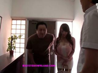 Á châu với to tits wearing một purple bikini: miễn phí khiêu dâm d3