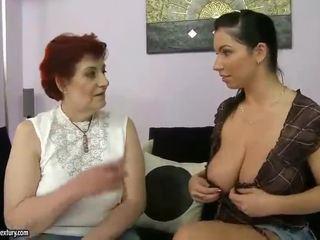 Gemuk nenek dan berpayu dara besar remaja appreciating lesbo lucah