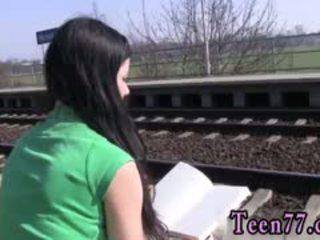 Gaja gajo jovem grávida sexo em público photo masturbação em o comboio