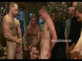 Liels men nobaudi gejs grupa sekss jāšanās uz mute hunk un filling viņam ar spunk uz spunk šāviens rupjības video