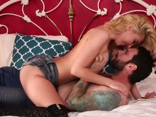 I fucked my stepbrother - aaliyah - porno video 951