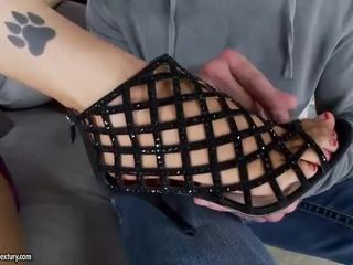 bruneta, foot fetish, sexi nohy
