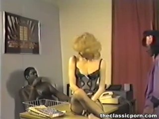 Interraciaal trio in retro film