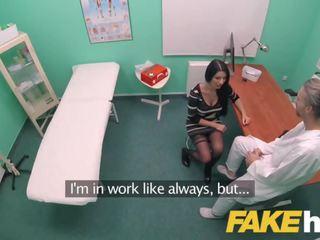 Fake krankenhaus groß titten polnisch mieze ania kinski loves swallowing doctors wichse