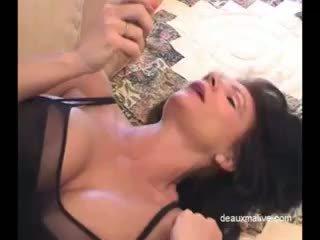 Deauxma সেক্সি masturbation