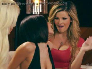 Adriana sephora, elsa jean 과 darcie dolce 동성애의 재미