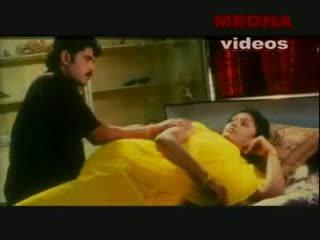 Ấn độ mallu nữ diễn enjoying với cô ấy boyfriend