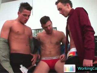Kirk uz daži karstās gejs treesome gejs