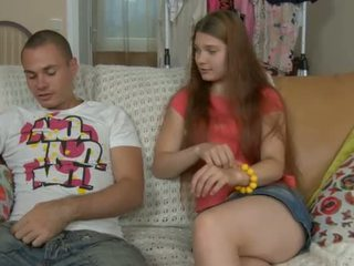 Ýaşlar sucker challenges a sik
