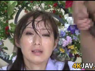 اليابانية أخبار anchor ألام الظهر