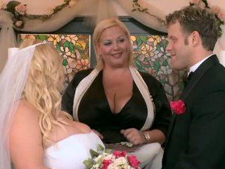 Mano didelis apkūnus vestuvės dalis keturi