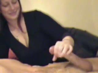 Stimulim me dorë dhe derdhje përmbledhje