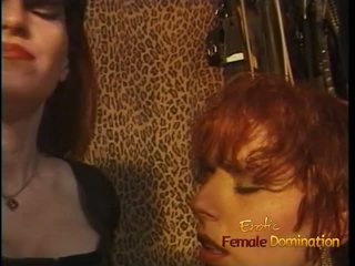 Luscious redhead tart enjoys being spanked hardt i den