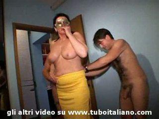 Italiaans vrouw cuckolds zijn hubby lei troia lui cornuto