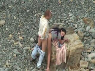 Amateur sex on beach