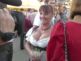 Krūtainas pieauguša pie oktoberfest, bezmaksas vācieši porno 2b