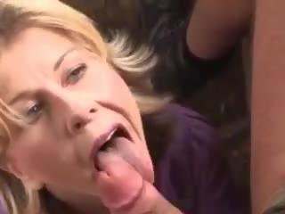 Mida on tema nimi: tasuta õues porno video 97
