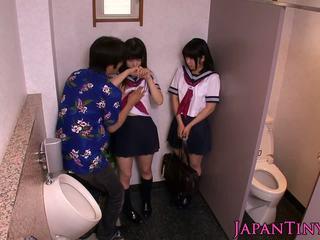 Maličké japonské schoolgirls láska threeway